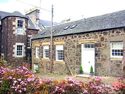 Weavers Hall self-catering cottage, Newburgh, Fife, Scotland, UK
